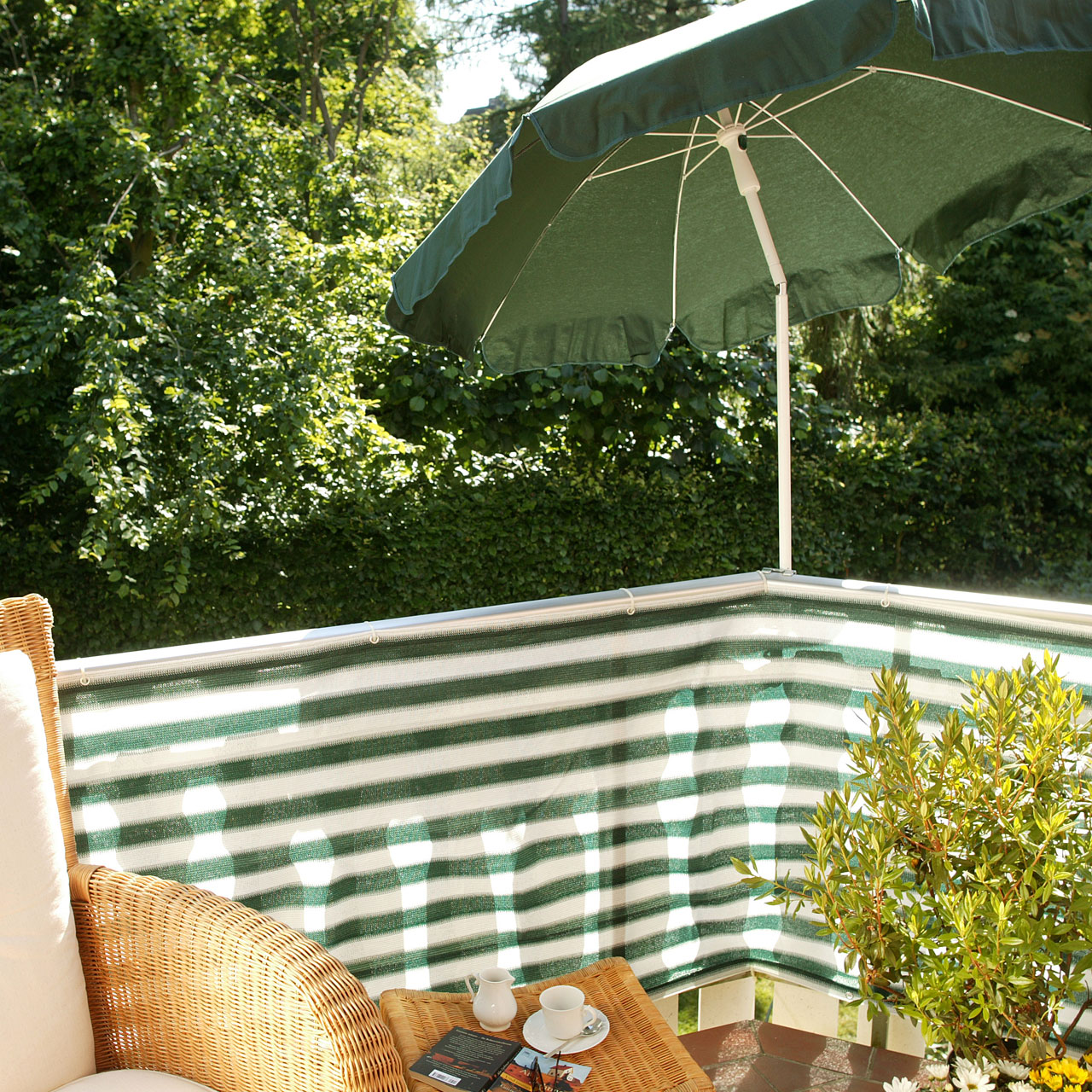 balkonbespannung pe classic gr n wei sichtschutz. Black Bedroom Furniture Sets. Home Design Ideas