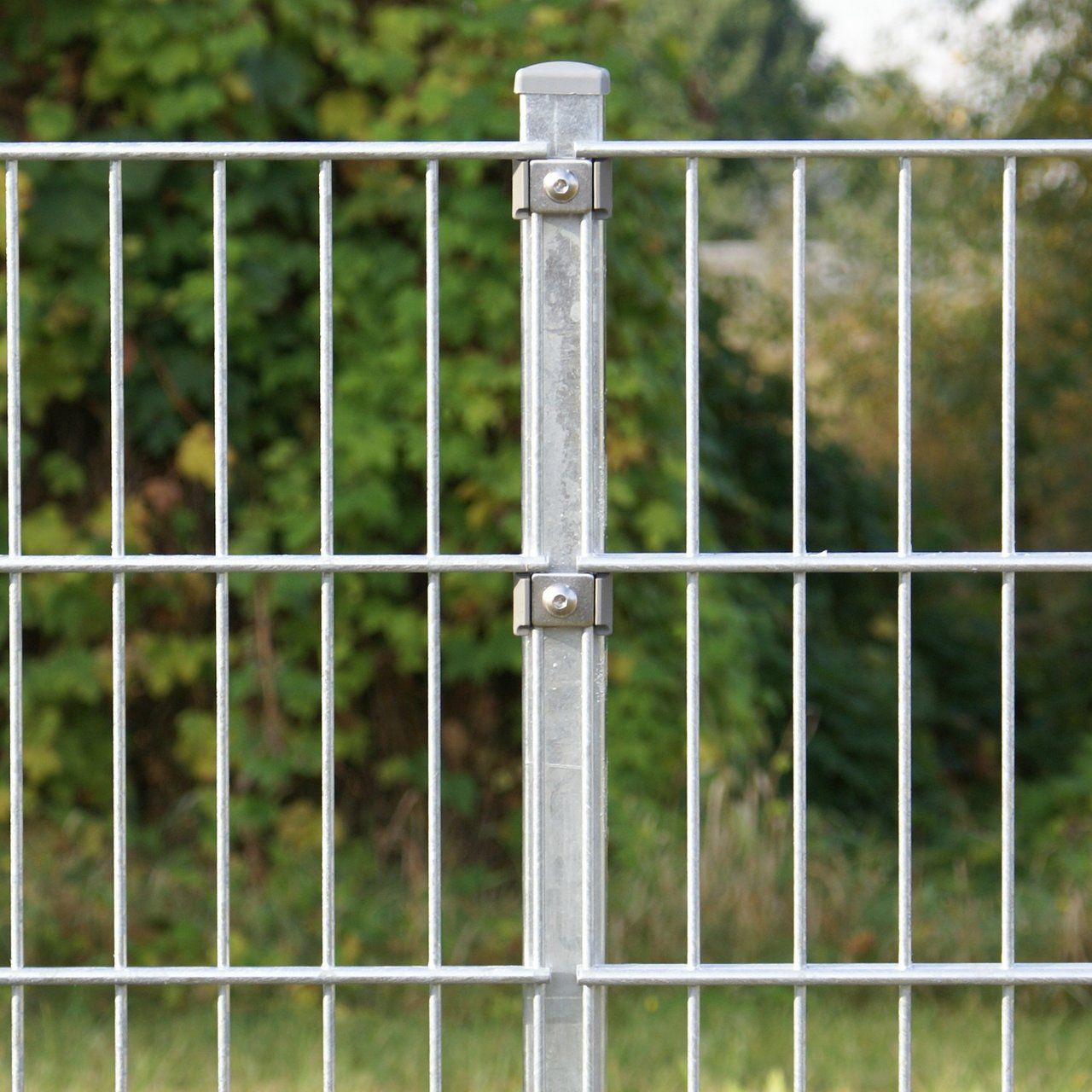 Zaunpfosten für Doppelstabmatte 60cm verzinkt