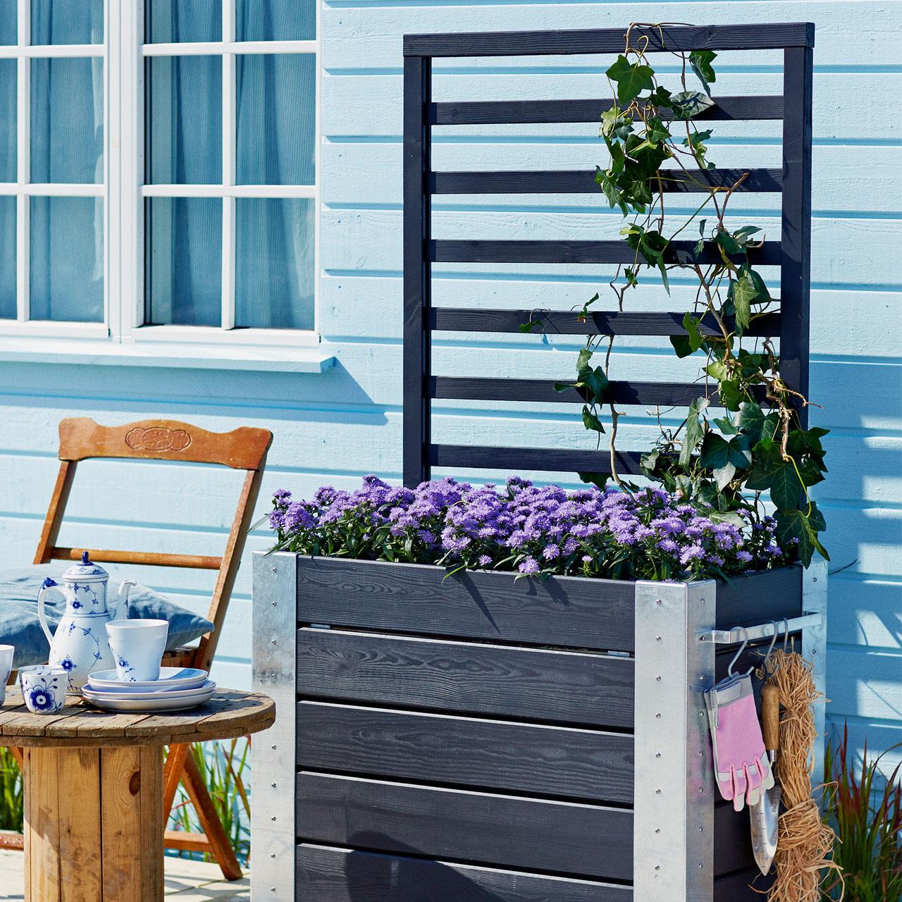 beste von sichtschutz mit blumenkasten rankgitter. Black Bedroom Furniture Sets. Home Design Ideas
