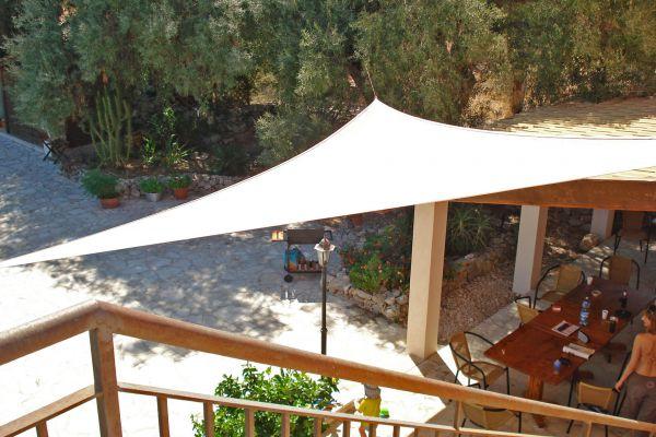 Sonnenschutz Für Balkon sonnenschutz sichtschutz am balkon