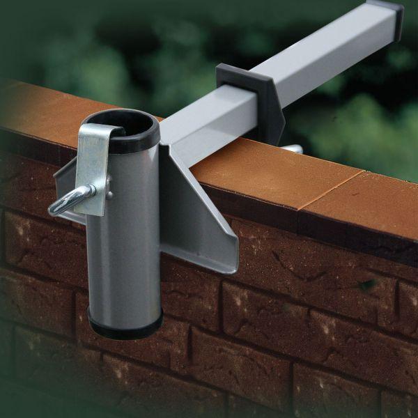 sonnenschirmhalter videx f r mauerbr stung aluminium sichtschutz. Black Bedroom Furniture Sets. Home Design Ideas
